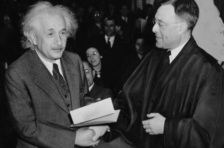 10 điều có thể bạn chưa biết về nhà bác học Albert Einstein