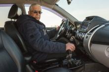 Vì sao người Mỹ 85 tuổi vẫn lái xe tải còn người TQ 85 tuổi đã ngồi xe lăn?