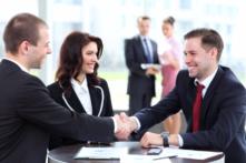 7 bài học giúp xây dựng mối quan hệ rộng rãi và vững chắc trong công việc