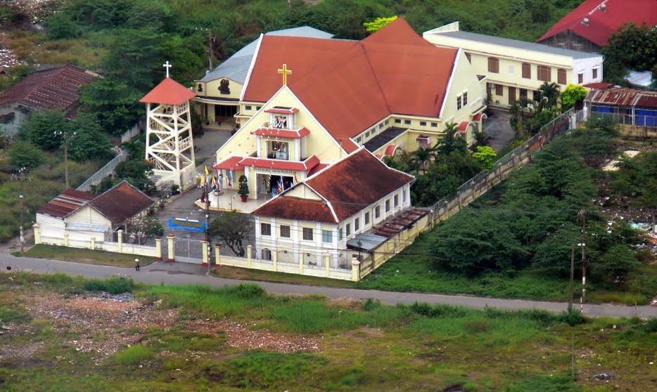 Image result for nhà thờ Thủ Thiêm