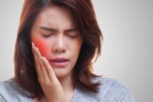 4 kiểu hại răng không do vi khuẩn mà nhiều người hay bỏ qua