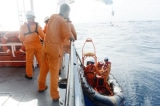 Cứu thành công 7 ngư dân tàu QB 92869 TS gặp nạn trên biển
