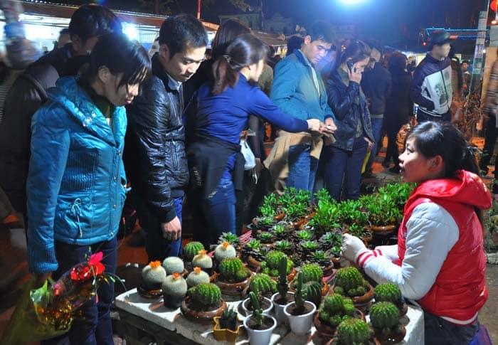 Chợ Viềng Nam định Mùng Mấy: Những Lễ Hội đặc Sắc Không Thể Bỏ Qua ở Miền Bắc Mỗi Dịp
