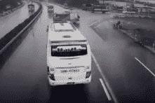 Vụ va chạm giữa xe cứu hoả và xe khách: Xe khách chạy trong tốc độ cho phép