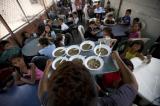 Thiếu đói trầm trọng, gần 3 triệu trẻ em Venezuela thường xuyên nghỉ học