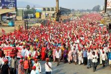 Nông dân Ấn Độ đi bộ hơn 160km tới Mumbai biểu tình đòi sở hữu đất, trợ cấp nông nghiệp
