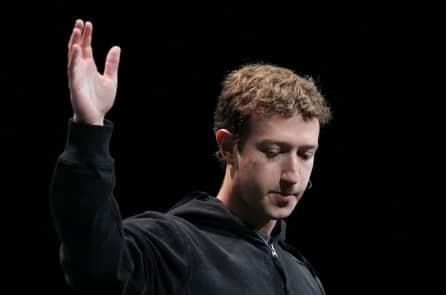 'Hầu hết' người dùng Facebook bị rò rỉ thông tin, nhưng Zuckerberg sẽ không thay đổi nhiều
