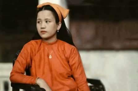 Mệ Bông: Chứng nhân cuối cùng của cung vàng điện ngọc triều Nguyễn