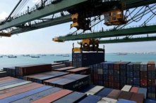 """Trung Quốc tự nhận là """"nước nghèo"""" trong WTO, Mỹ tăng thuế như dự kiến"""