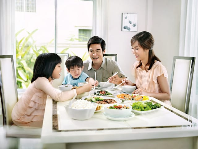 5 kiểu ăn sáng không tốt cho trẻ nhỏ