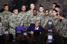 Tổng thống Trump ký thông qua luật chi tiêu quốc phòng 717 tỷ USD
