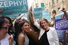 Khảo sát tại Mỹ: Đảng viên Dân chủ thích CNXH hơn CNTB