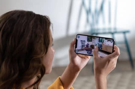 Apple công bố iPhone mới, to hơn và đắt hơn