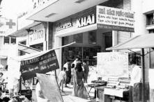 Sài Gòn muộn màng của em cũng không còn…