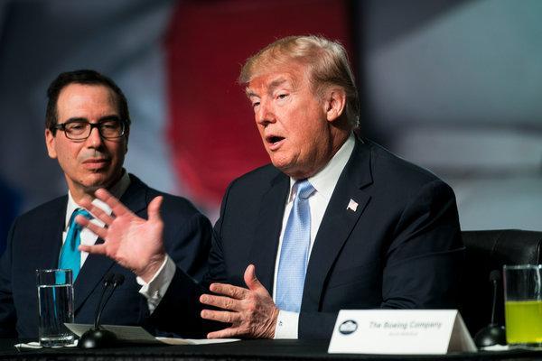 Trump sẽ giảm thuế cho người thu nhập trung bình trước bầu cử
