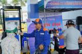Sau 4 lần giảm, giá xăng lại tăng mạnh gần 1.000 đồng/lít