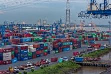 Việt Nam nhập siêu gần 22 tỷ USD hàng hóa từ Trung Quốc