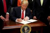 Trump ký luật hoàn lương cho nhân viên liên bang bị ảnh hưởng chính phủ đóng cửa