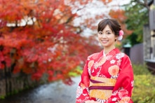 Vì sao phụ nữ Nhật rất ít dùng nước hoa?