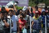Máy bay quân sự Mỹ chở thêm hàng viện trợ tới biên giới Colombia-Venezuela