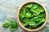 Lợi ích tuyệt vời của rau bina và 5 công thức chế biến nhanh