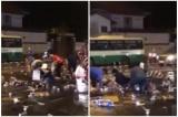 Lái xe đánh rơi gần 10 thùng bia lon, người dân tập trung 'hôi của'