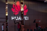 TT Trump ký lệnh bảo vệ mạng viễn thông Mỹ, mở đường cấm Huawei