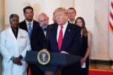 Tổng thống Trump ký lệnh hành pháp để minh bạch chi phí y tế