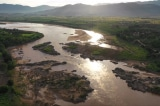 Sông Mekong cạn nước – người Lào, người Thái, người Việt chọn lựa ra sao?
