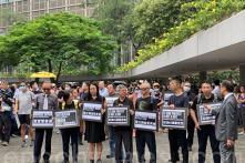 5.000 kế toán viên tại Hồng Kông lần đầu tổ chức diễu hành biểu tình