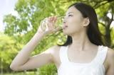 Đông y: Uống nước lạnh làm tổn hại dương khí