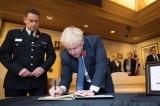 Thủ tướng và Bộ trưởng Nội vụ Anh chia buồn vụ 39 người chết trong container