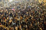 """Người Hồng Kông biểu tình phản đối """"Luật cấm che mặt"""""""