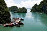 Tạm dừng đề xuất tăng phí tham quan vịnh Hạ Long