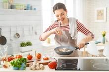 7 cách xử lý lành mạnh giúp giảm tác hại của đồ ăn không lành mạnh
