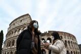 Ý: 152 ca COVID-19, 3 người tử vong, phong tỏa 10 thị trấn, hủy lễ hội hóa trang