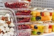 Những hóa chất trong đồ dùng nhựa nguy hiểm như thế nào?