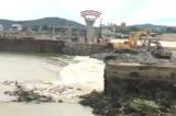 Nghệ An: Gần 25.000 dân mất nước sinh hoạt vì vỡ đập Bara Đô Lương