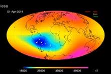 Một vùng từ trường Trái Đất rộng lớn đang suy yếu: Dấu hiệu đảo cực từ?